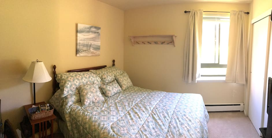 Private Bed & Bath in West Chester! - West Chester - Appartement