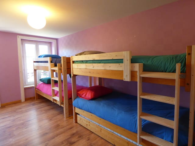 3 chambres de 2 à 7 personnes
