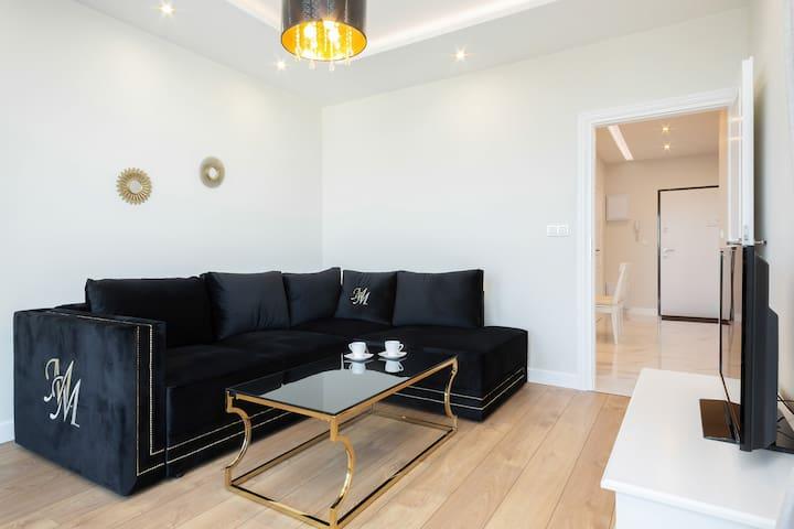 Aura Sky - Exclusive Apartment