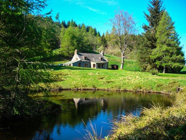 Idyllic highland escape - Tomintoul - Haus