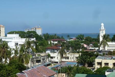 Convenient stopover Dar es Salaam