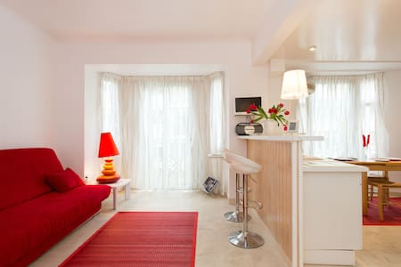 Lovely studio 50 m from the beach