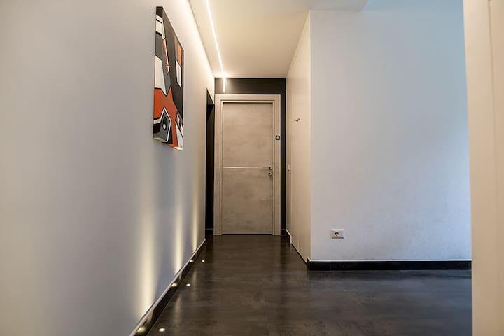 art corridor, a small gallery