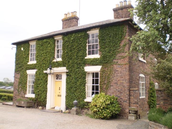 Duken Courtyard Cottage, Bridgnorth, Twin/Double