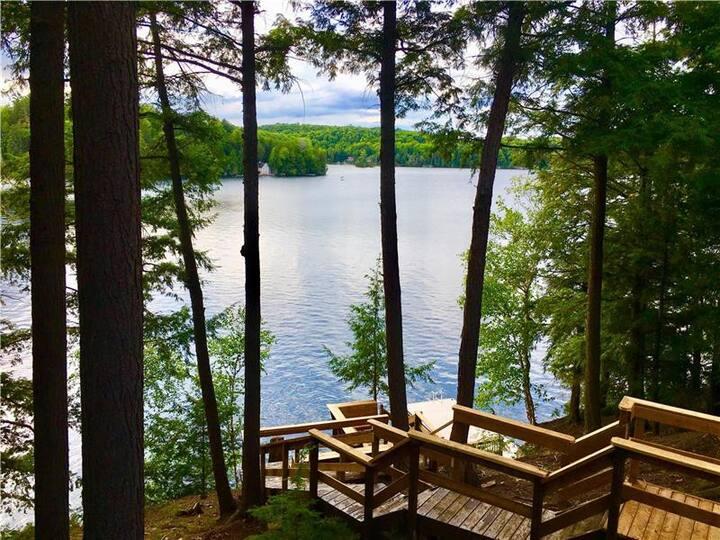 Lookout Lodge, Paudash Lake . Bancroft