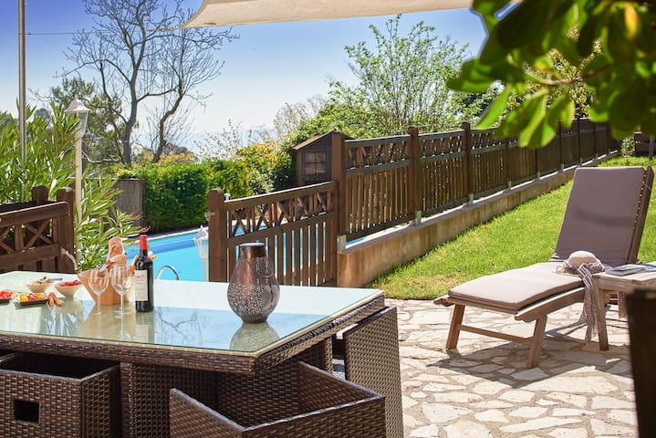 Villa Mirabelle - Newly renovated villa with pool