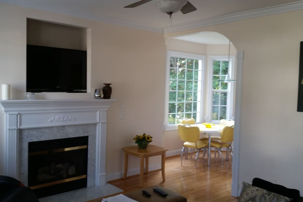 Fireplace and Cable TV / High Speed Internet