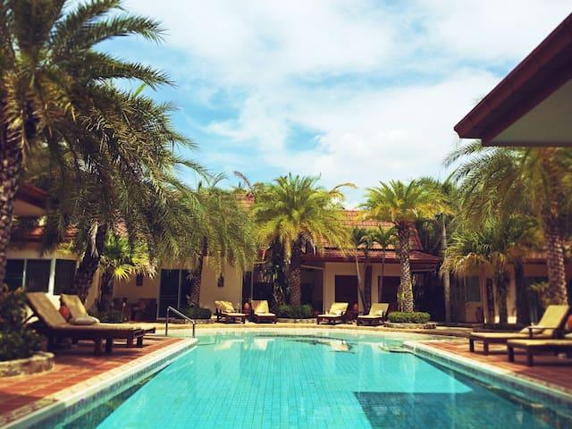 Раскошный загородный дом - Muang Pattaya - Вилла