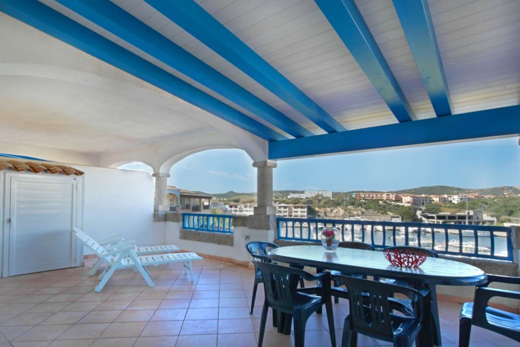 Delfino 4 2 terrazza piscina by klabhouse appartamenti for Piscina santa teresa