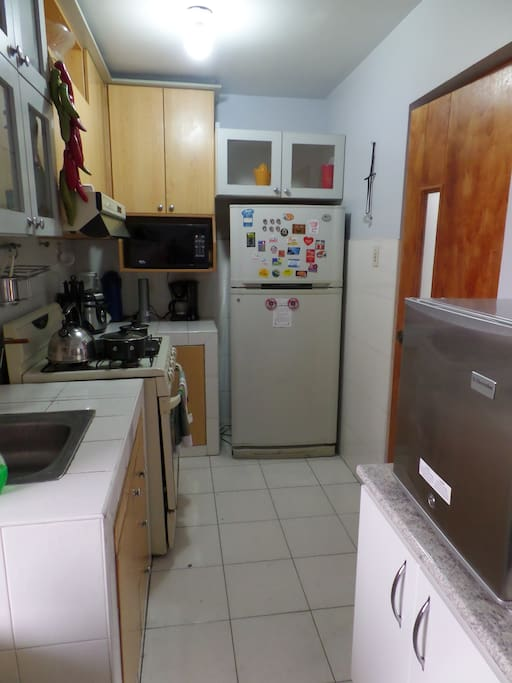Full equipped kitchen / cocina full equipada