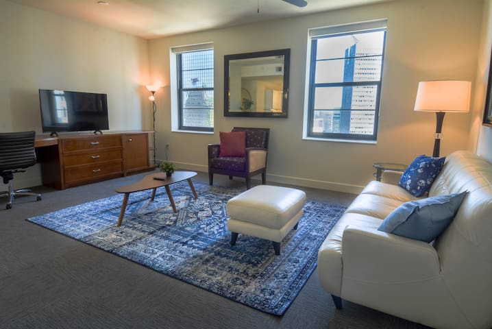 Polished 1BR Apartment Downtown Dallas