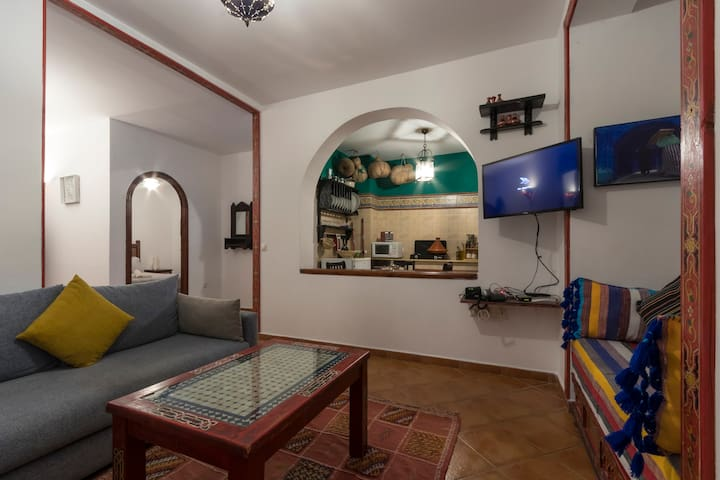 (27) Sweet apartment close to the Kasbah