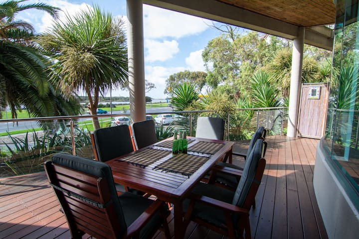 Anglesea Central Waterfront two bedroom apartment