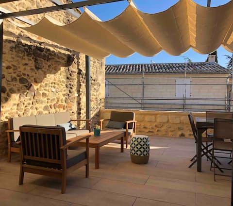 """Uzès centre """"Le Cocon"""" duplex avec terrasse"""