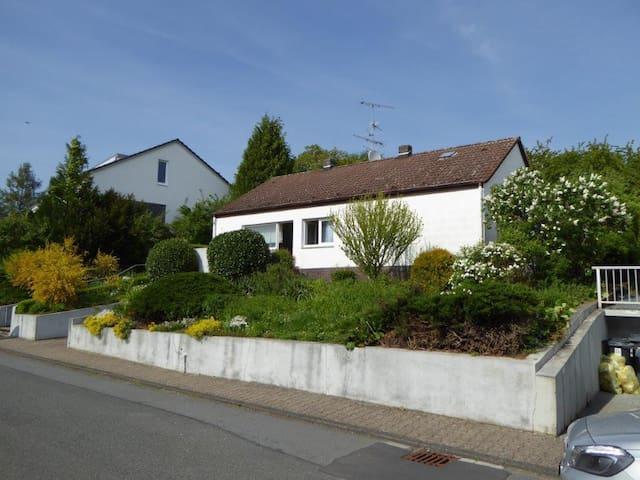 Retro-Style Haus mit WLAN bei Darmstadt - Mühltal - Dům