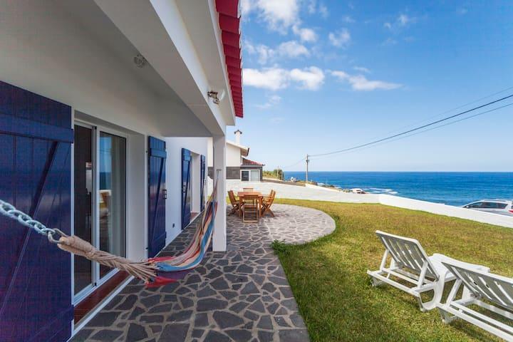 Casa Estrela do Mar - Azorean Butler