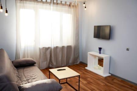 Scandik Apartment - Полтава