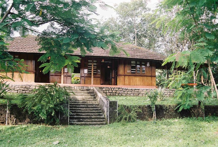 The Periyar River Lodge