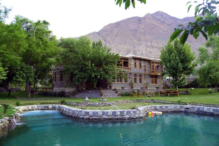 Riverdale Resort Gilgit- Master Suite