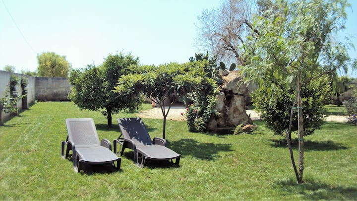 Casolare in villa Salentina con ampio giardino