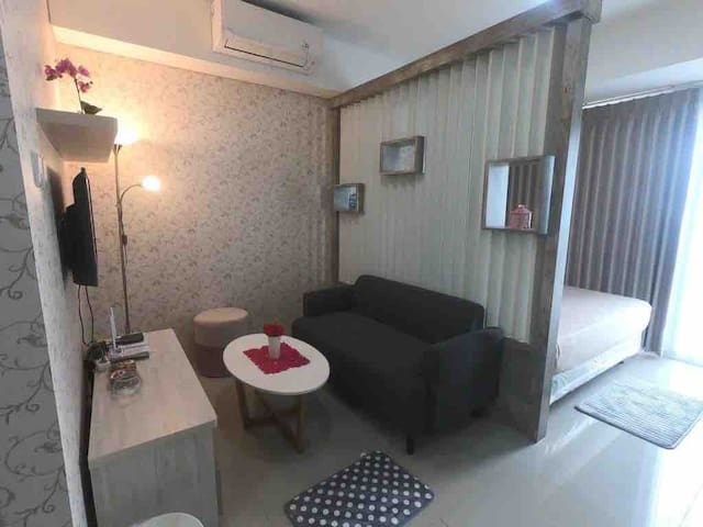 Cozysmallplace w/hot water&wifi Bintaro Residences