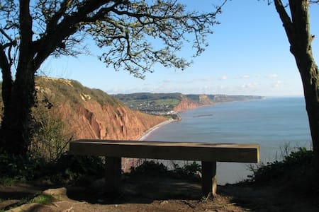 Double Bedroom in Sidmouth - Sidmouth - 独立屋