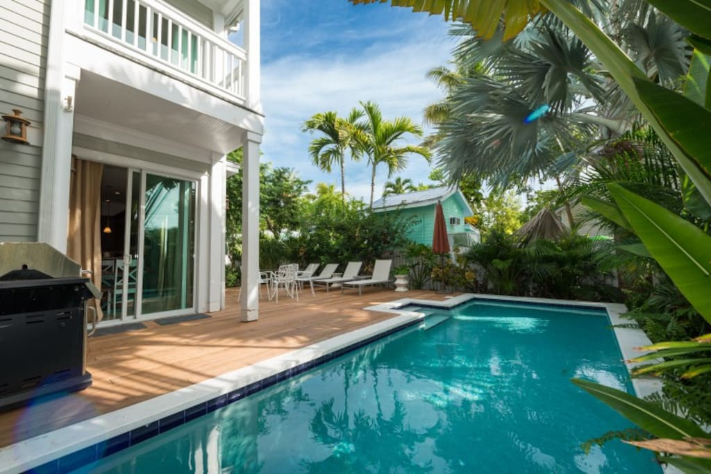Your own private oasis in Old Town Key West