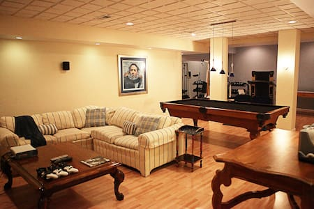 1-Bedroom Furnished Apartment-B'ham - Birmingham