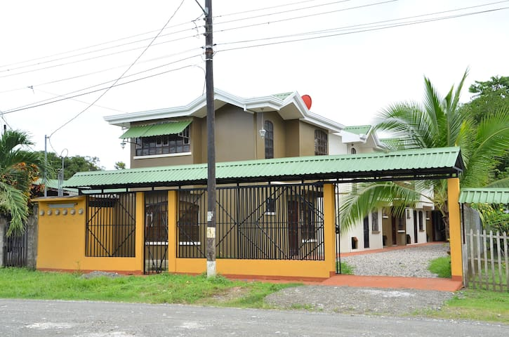 Aparthotel Herrera - Puerto Jiménez - Apartamento