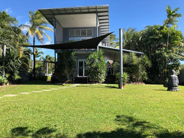 Cardwell Beach house