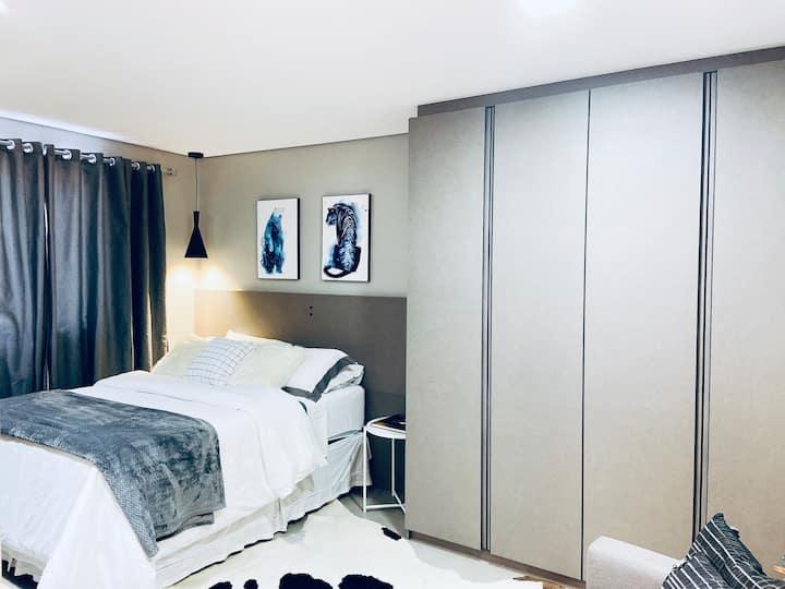 Loft moderno e aconchegante- 300mt Vila Germânica