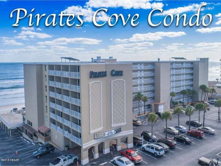 Cozy Direct Ocean Front Calling all Pirates