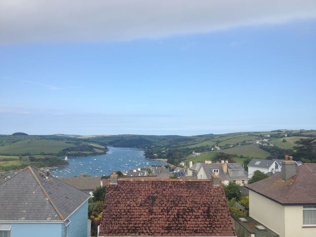 Wonderful family home with beautiful views - Salcombe - บ้าน