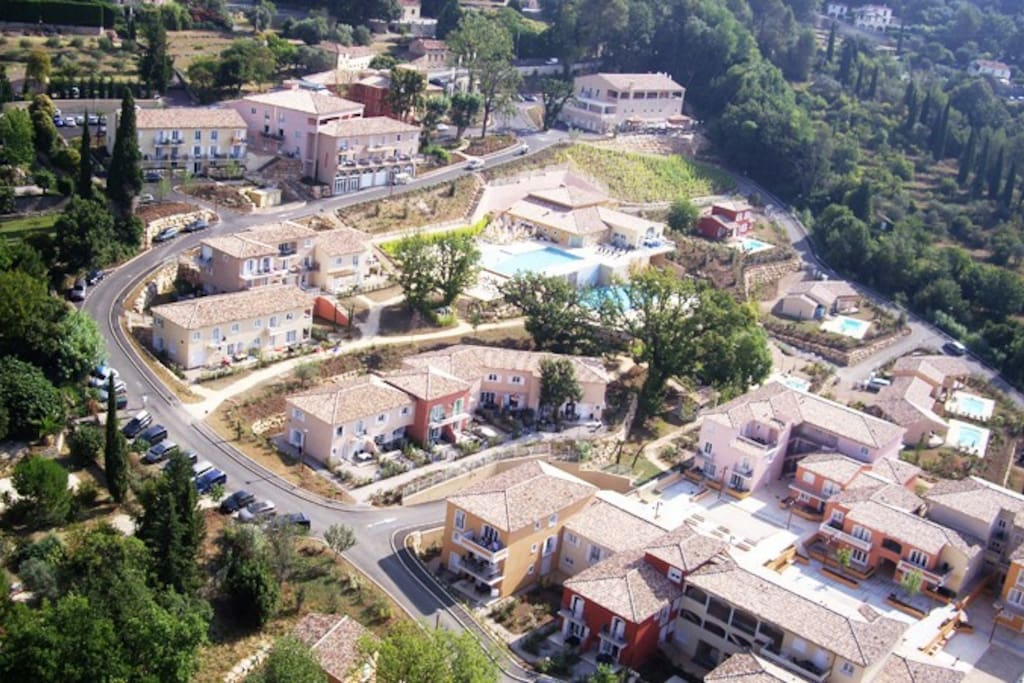 overhead view of Chateau de Camiole