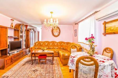 Appartment Premium - Vrvari - Huoneisto