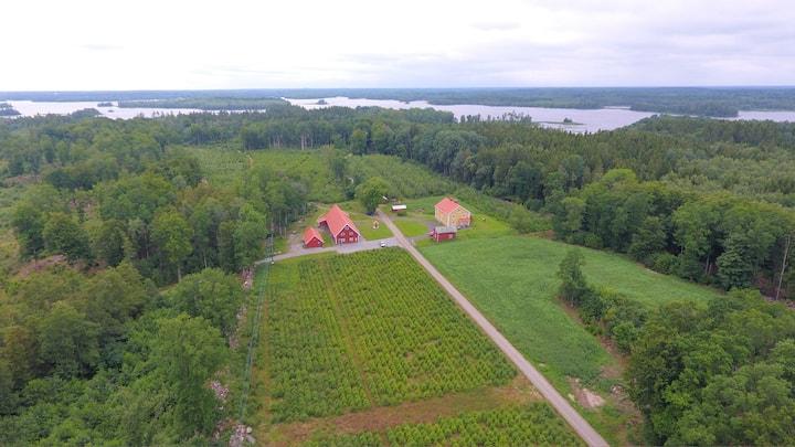 Fålaboda, gården vid sjön Åsnen / gruppboende