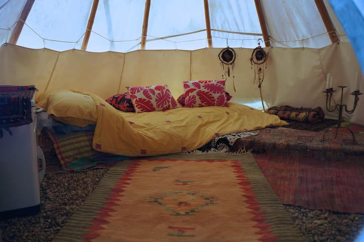 Tipi Lodge 2 beds. Under The Lime Tree Spa
