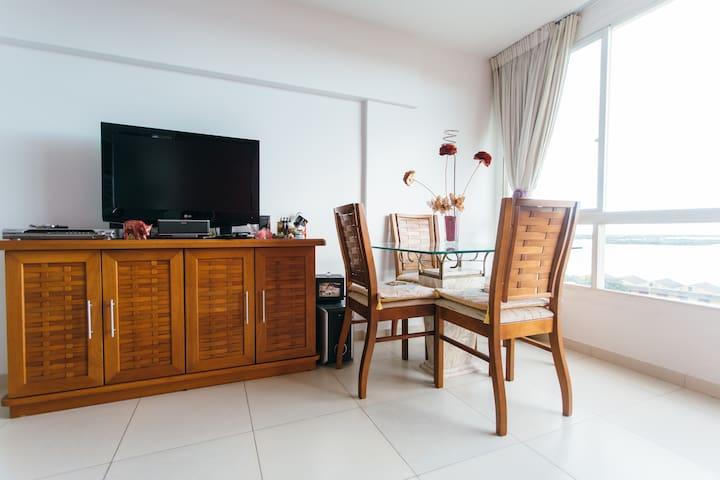 Aluga-se quarto em apartamento em Porto Alegre,BR