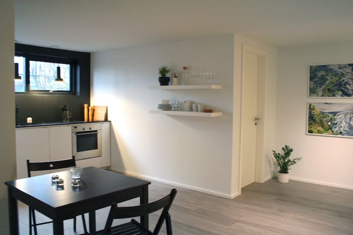 STUDIO APARTMENT - CENTRAL LOCATION - Kópavogur - Leilighet