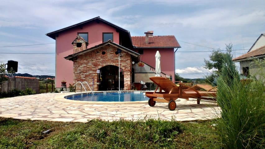 House with pool - Peky - Mahićno - Casa
