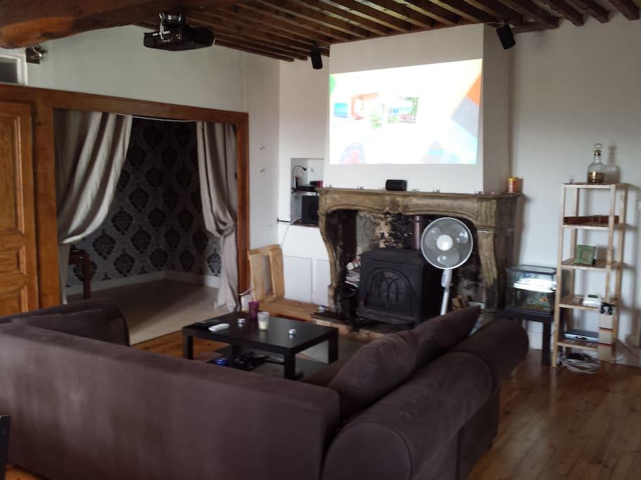 Salon et télé