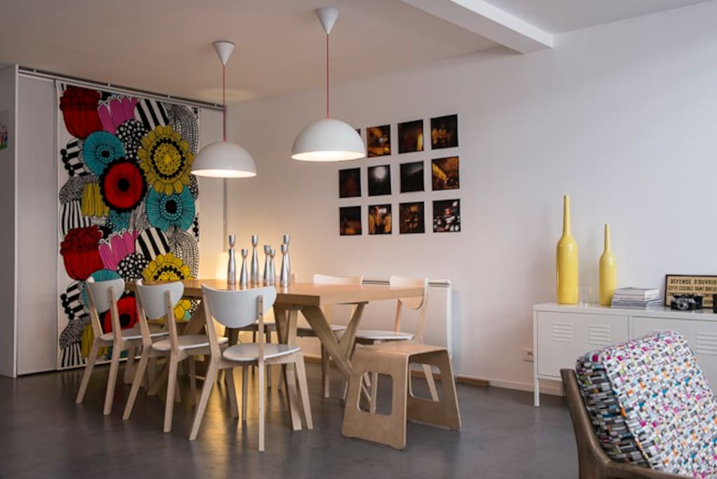 dining area for 8 persons