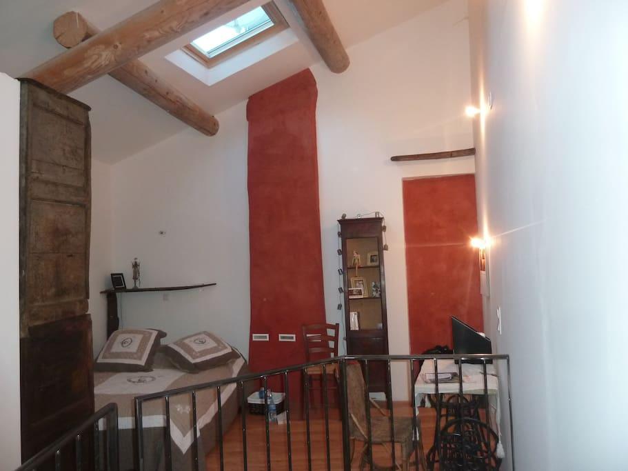 location maison de village 50 m2 salle de sport houses for rent in saint s bastien d. Black Bedroom Furniture Sets. Home Design Ideas