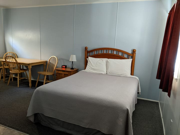 Monthly Studio with Kitchenette at Boutique Motel