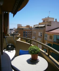 Multicultural flat, double - Alicante