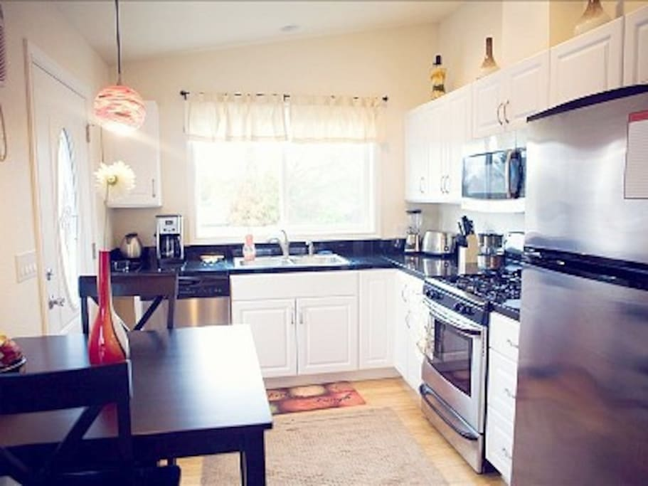 tina 39 s luxury studio ii apartments for rent in medford