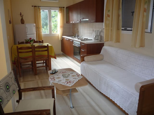 Butterfly Barbati. Corfu. - Barbati - Apartmen