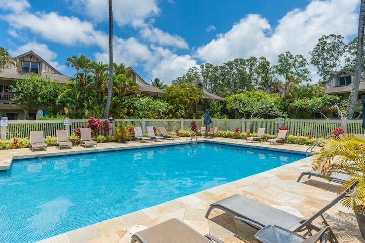 New rental special! Princeville Sands Condo w/ Pool & Hot Tub (137-1)