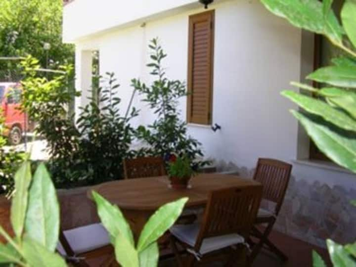 """Holiday Apartment """"Campidano"""" with Sea View, A/C, Wi-Fi & Garden; Parking Available"""