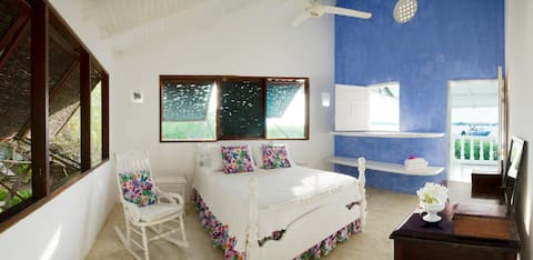 Master bedroom Casa Blanca Barú